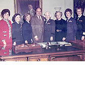 Melvin Laird, flanked by (from left to right)  Ann Mae Hays - BG  USA; Florence Dunlap - BG Chief Army Nurse Corps; Jeanne S. Holm - Maj. Gen. USAF; Mildred C. Bailey - BG WAC; Elizabeth P. Harrington - BG USA Ret.; Ann Hoefler-BG Chief Air Force Marine Corps.; Arlene B. Durek-Ret.Adm. NC USN