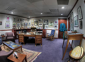 a view of Melvin Laird's Office